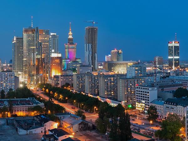 La cara moderna de Varsovia